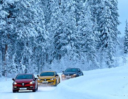 با خودروی دیفرانسیل جلو، رانندگی در برف و یخبندان چگونه است؟
